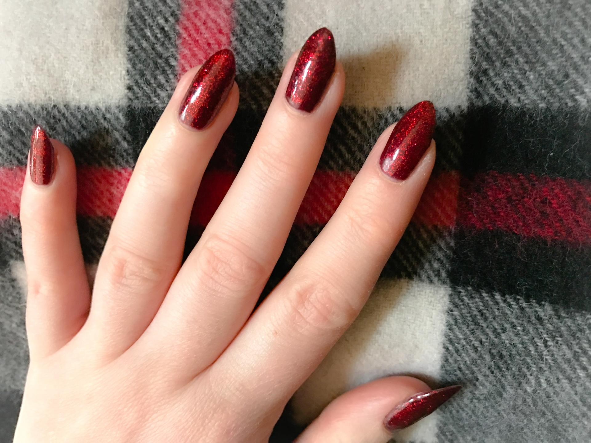 festive nails 2